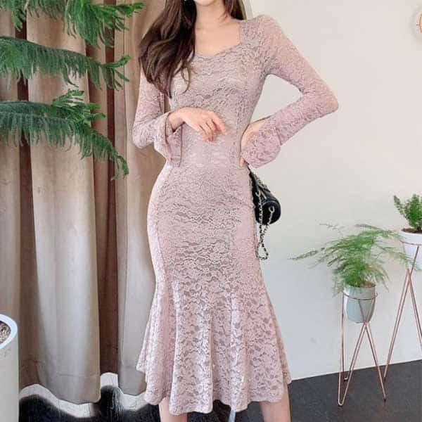 マーメイドの長袖 シンプルなロング丈のレースドレス