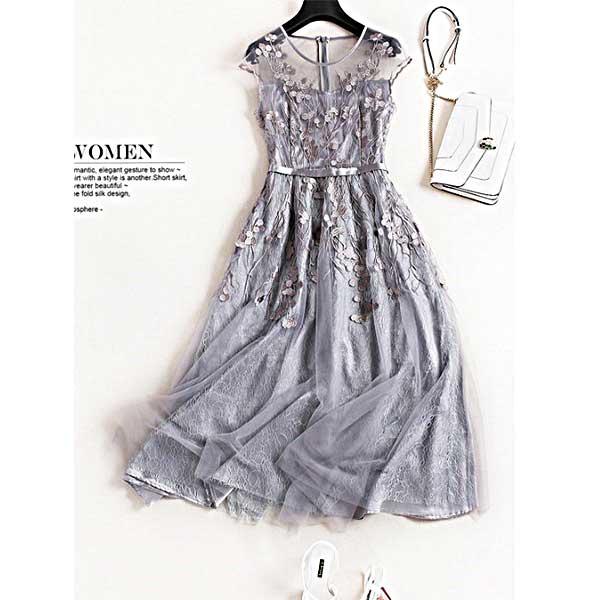 oly12 グレーの刺繍レースドレス