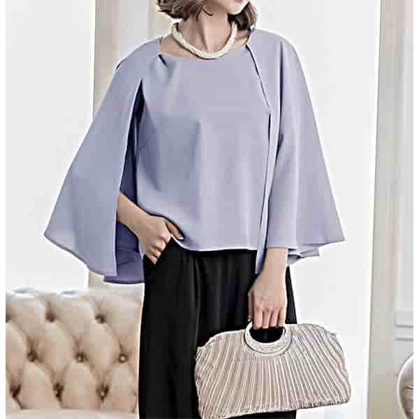 ケープ袖のパンツドレス